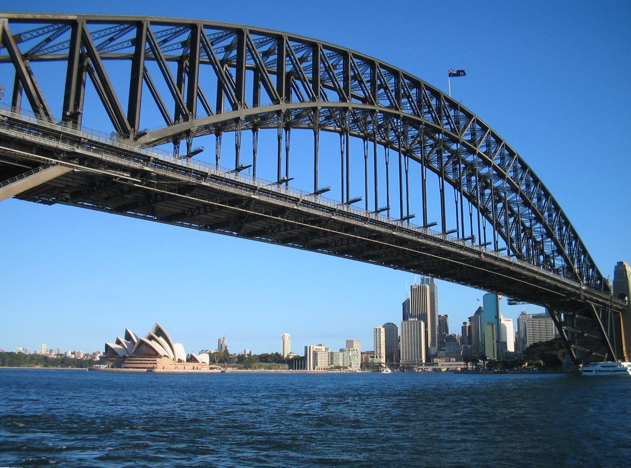 SydneyHarbourBridgeandOperaHouse_IB